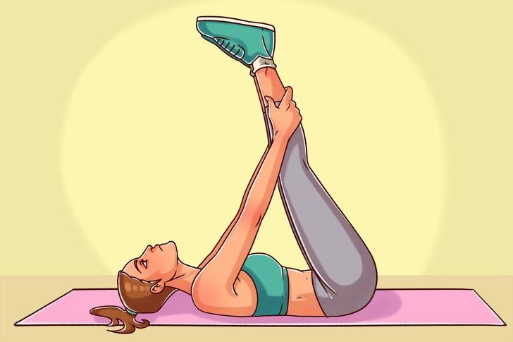 8 večerních cvičení, po kterých budete spát jako miminko